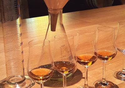 Atelier Master Blender avec un maître de chai pour assembler son propre cognac